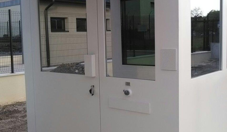 Bulletproof guardhouse